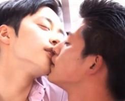 【ゲイ動画 pornhub】『これ以上飲むとヤバい気がする・・・』イケメンモデルが酔っ払いキスをしたら止まらなくなるBLセックス!
