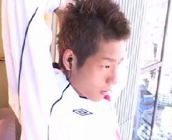 サッカー部でユニフォーム姿のスジ筋男子が試合前にコーチとケツ穴を使った練習に励む無修正