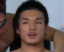 【ゲイ動画 pornhub】ノンケスポメンのチンコからザーメンが絞り取られる!