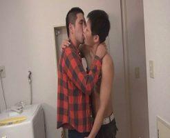 【ゲイ動画 xvideos】エッチなライブチャットで男を誘い自宅に招待して即ハメ!