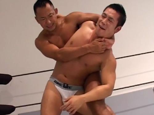 18.02.01-3-gay-muscularvideos.danjirimaturi