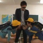 【ゲイ動画】「大人のチンコはじめてみた~」小◯生の男子生徒にショタコン教師がアナル調教&生挿入!!